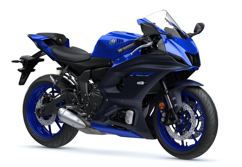 Yamaha YZF-R7 riding on Battlax Hypersport S22