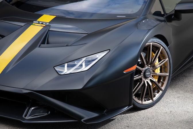 2nd Bridgestone option for Lamborghini Huracán STO