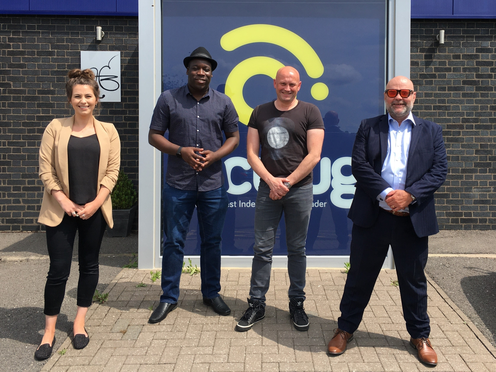 Vaculug signs 5-year TiDaeX contract for e-jobsheet connectivity