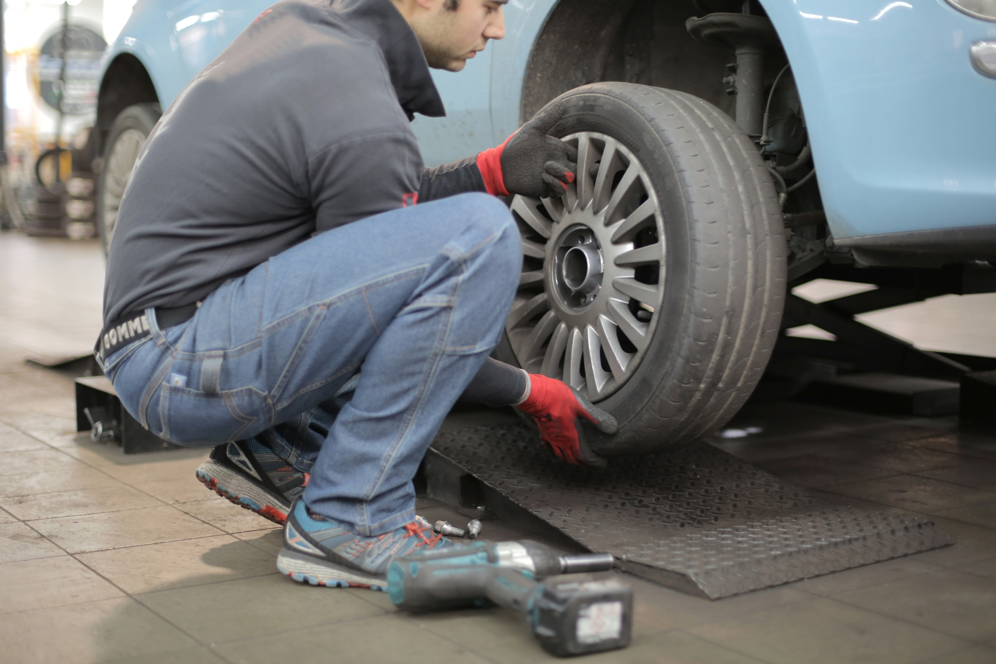 Why buying tyres online is a good idea